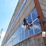 Мойка окон промышленного здания
